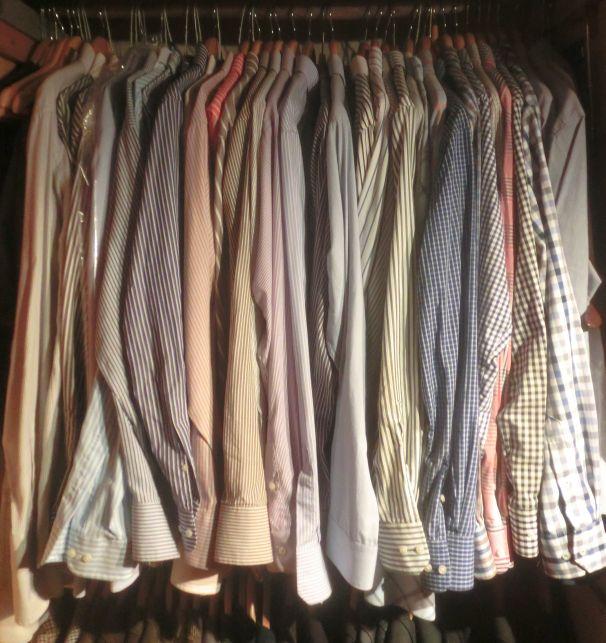 40 bis 50 Hemden sind immer noch weit mehr als genug...