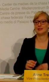 Symbolbild: Aline Trede mit einer sogenannten Nerdbrille (Foto: Schlagwort AG)